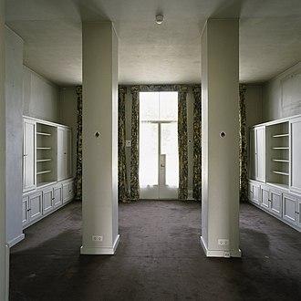 Soestdijk Palace - Image: Interieur, overzicht van de werkkamer van Zijn Koninklijke Hoogheid, gelegen aan de achterzijde van de Baarnse vleugel Soestdijk 20403760 RCE