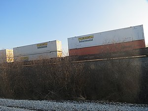 Intermodal domestic 53's Doublestack BN wellcars - panoramio.jpg