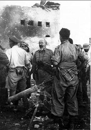 Yitzhak Sadeh - Sadeh visits the Police fortress at Iraq Suwaydan, November 8, 1948