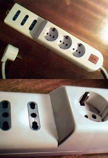 Удлинитель, имеющий розетки всех применяемых в Италии систем, а также  выключатель с индикацией включения. c333aa54a19