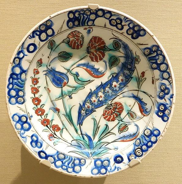 File:Iznik ware, Turkey - Tokyo National Museum - DSC06445.JPG