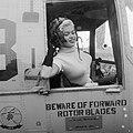 Jayne Mansfield vertrekt per helicopter naar Rotterdam, Bestanddeelnr 909-0253.jpg