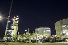 Jey Oil Refining Company site located in Isfahan at night