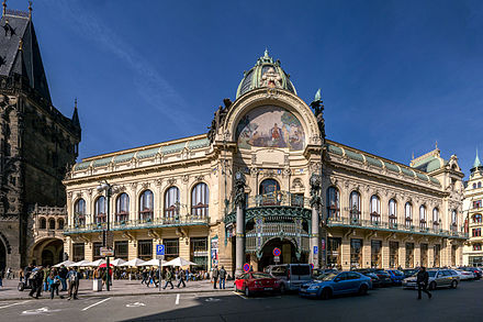 The Municipal House, built in Art Nouveau style Jugendstil Prag Gemeindehaus 1.jpg