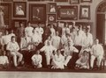 KITLV - 183051 - Kurkdjian, Atelier - Staff and management of Atelier Kurkdjian in Surabaya - 13-7-1916 - 10-8-1916.tif