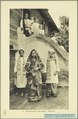 KITLV - 37389 - Demmeni, J. - Tulp, De - Haarlem - Minangkabau bride at Kota Gedang near Fort de Kock (Bukittinggi) - 1911.tif