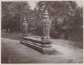 KITLV - 4928 - Lambert & Co., G.R. - Singapore - Tomb of a Sultan in the Kraton at Banda Aceh (Kotaraja) - 1892.tif