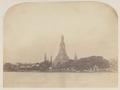 KITLV 4956 - Isidore van Kinsbergen - Big pagoda in the temple (Wat Arun) of Crown Prince Krom Loeang of Siam at Bangkok - 1862-02.tif
