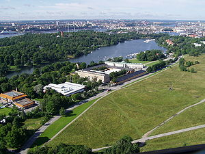 Djurgårdsbrunnsviken - Djurgårdsbrunnsviken as viewed from the tower Kaknästornet facing south-west.