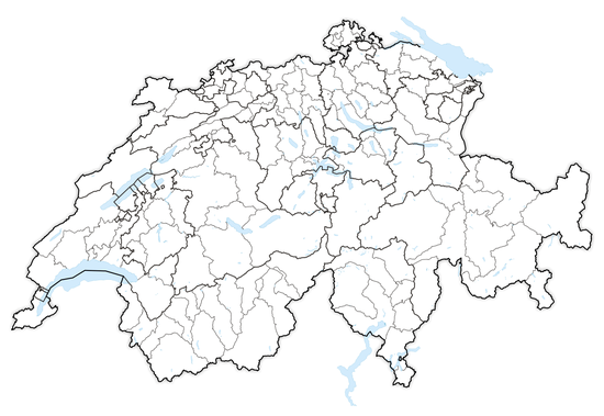 The boundaries of Swiss districts