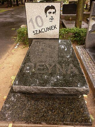 Kazimierz Deyna - Kazimierz Deyna tomb in Powązki Military Cemetery
