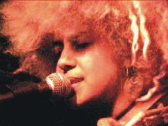 Juno (film) - Kimya Dawson provided both solo songs and songs from two of her former bands.