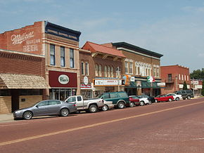 Kingman kansas business district 2009.jpg