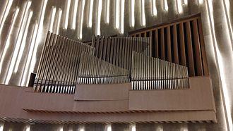 Northern Lights Cathedral - Image: Kirkeorgelet i Nordlyskatedralen