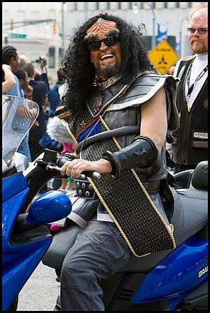 star trek klingon trekkie