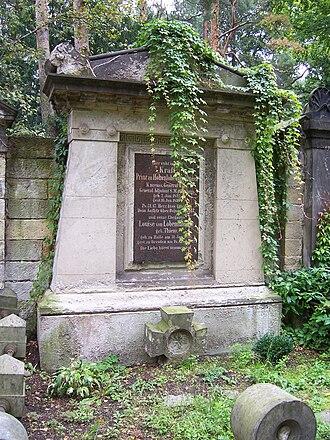 Prince Kraft zu Hohenlohe-Ingelfingen - Prince Kraft's grave in Johannisfriedhof in Dresden.