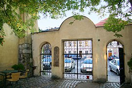 Krakow Synagoga Poppera brama 20070920 1731.jpg