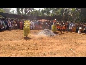 File:Kundar chamundi theyyam.ogv
