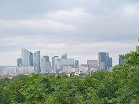 La Défense depuis le mont Valérien retouched.jpg