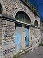 La Mulatière - Quai Jean-Jacques Rousseau - École communale des Étroits.jpg