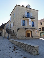 The town hall in Labastide-Murat