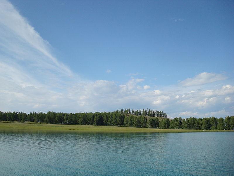 File:Lake Khövsgöl11.JPG
