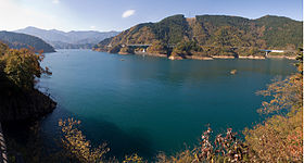 Lake Miyagase 02.jpg