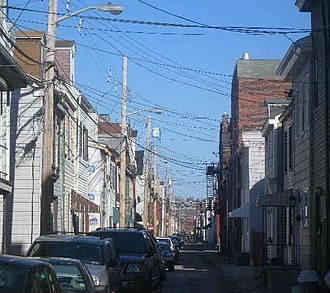 South Side (Pittsburgh) - Narrow street