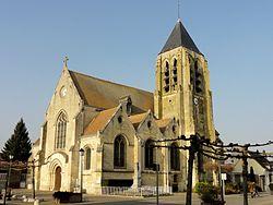 Le Meux (60), église Saint-Martin, rue de la République, vue depuis le sud-ouest.jpg