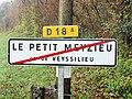 Le Petit-Meyzieu-FR-38-panneau d'agglomération-2.jpg