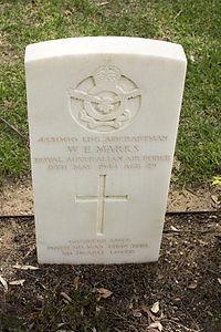 Leading Aircraftman W E Marks gravestone in the Wagga Wagga War Cemetery.jpg