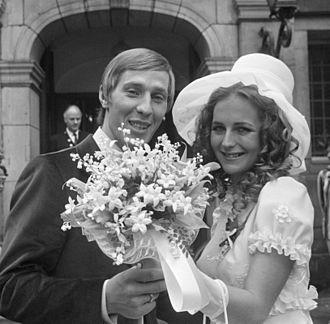 Leijn Loevesijn - Loevesijn is getting married to  Ineke Vink in August 1972