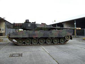 Leopard 2A6M left