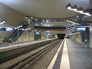 Les Agnettes (Paris Métro) Paris Metro Station