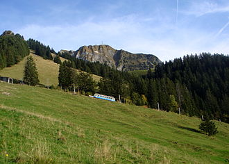 Rochers de Naye - Image: Les Rochers de Naye et son train