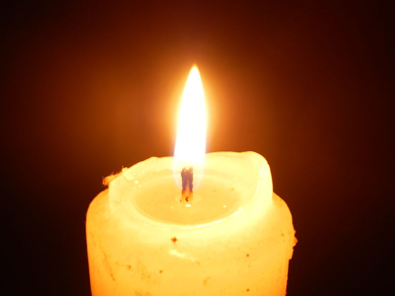 File:Lighted candle at night16.JPG