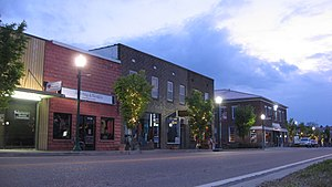 Linden, Tennessee - Linden courthouse square