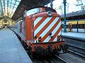 Locomotive diesel 1413 des CP à Porto, gare de São Bento (10 août 2006).jpg