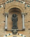 Lodi statua San Bassiano esterna.JPG