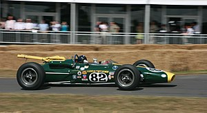 1965 Indianapolis 500 - Image: Lotus 38 at Goodwood 2010