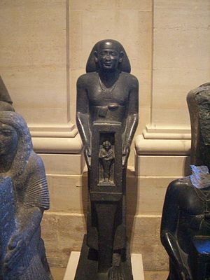 Payeftjauemawyneith - Statue of Payeftjauemawyneith in the Louvre (A 93)