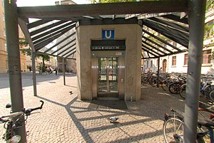 München Lehel Lift.jpg