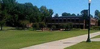 Lyon College - Mabee-Simpson Library