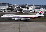 Malaysia Airlines Boeing 747-400 SYD Spijkers.jpg