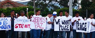 Chronology of the 2009 Honduran constitutional crisis - Hondurans promoting peace and opposing Zelaya and Chavez