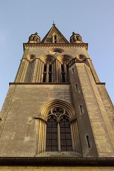 église néo-gothique de fr:Marigny (Manche)