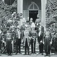 Max von Oppenheim, 2nd from left.jpg
