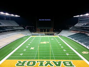 Description de l'image McLane_Stadium_facingsouth7.16.14.jpg.