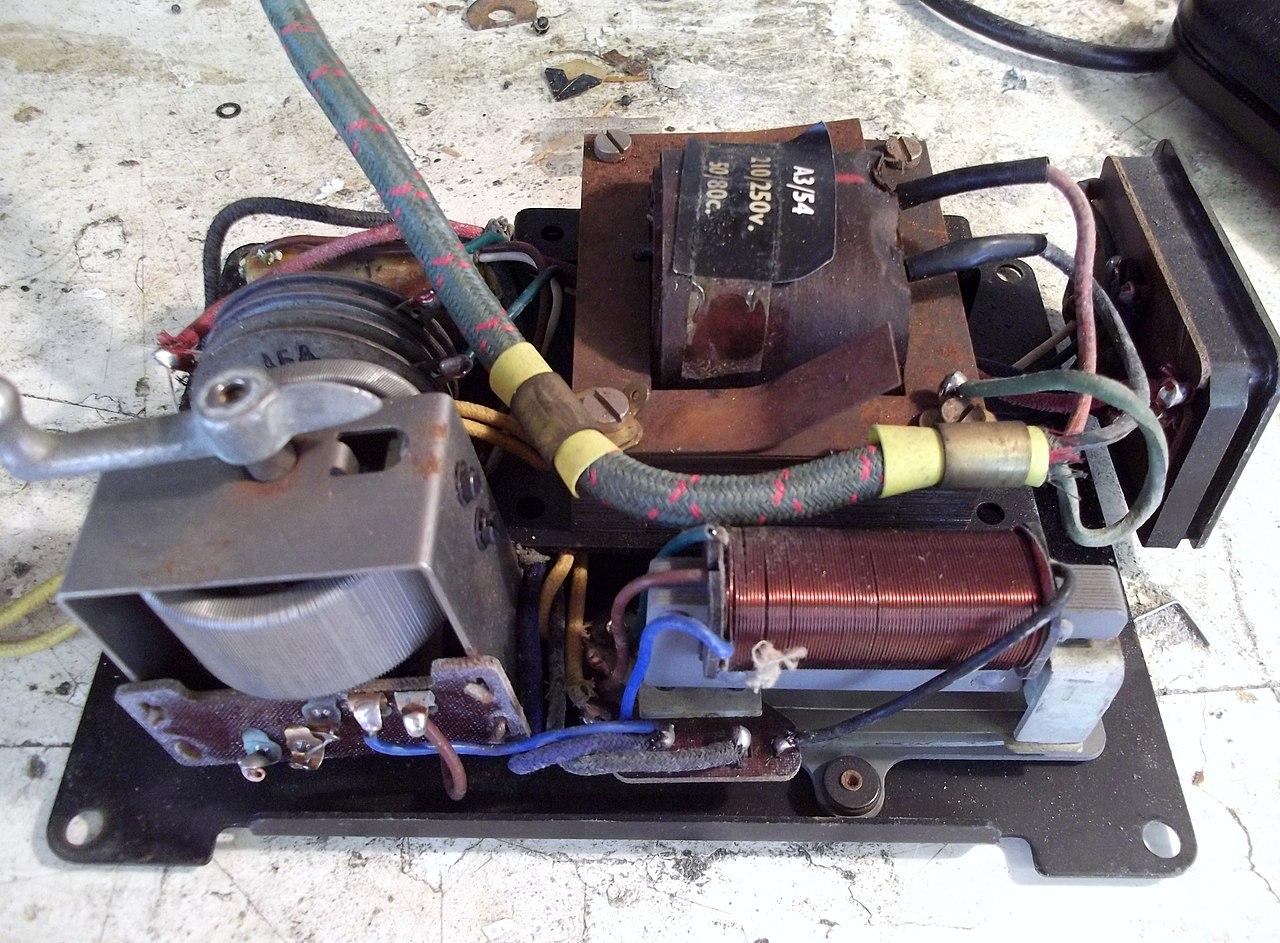 Filemeccano Hornby Dublo Model Railway Controller Workings Relays Electronics In Meccano