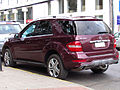 Mercedes Benz ML 350 4Matic 2010 (16189993655).jpg